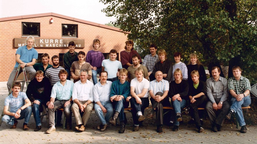 Older photo of the Kurre staff.