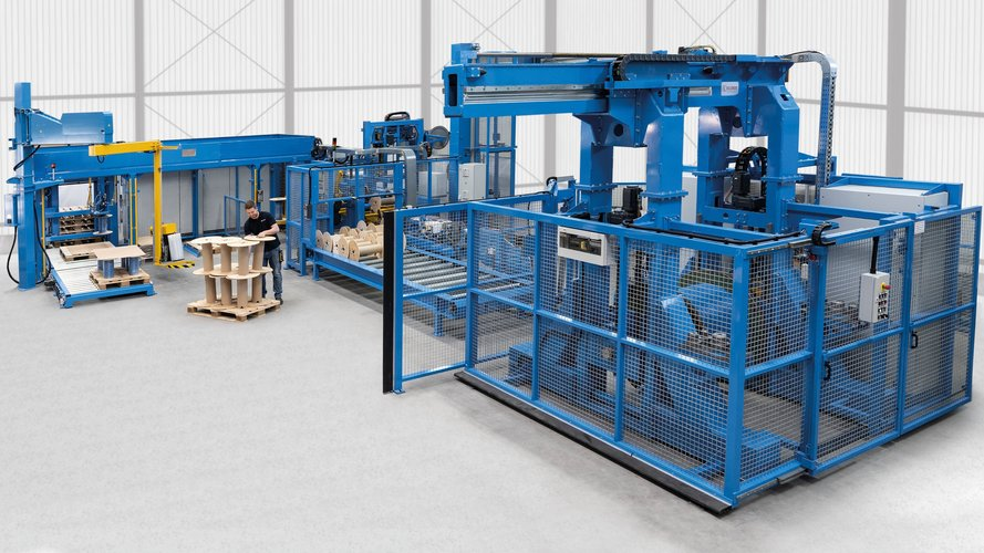 Automatic spool winding line, for order picking of cable products.